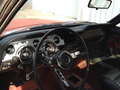 1967 Ford Mustang Fastback steering wheel
