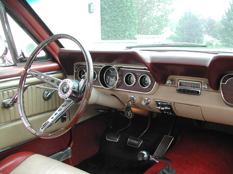 1966 Ford Mustang Survivor steering wheel