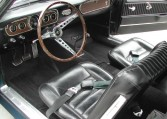 1965 Ford Mustang Convertible steering wheel