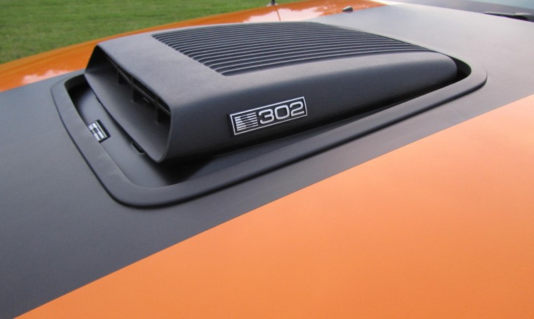 2007 Saleen Mustang Parnell Jones Edition hood