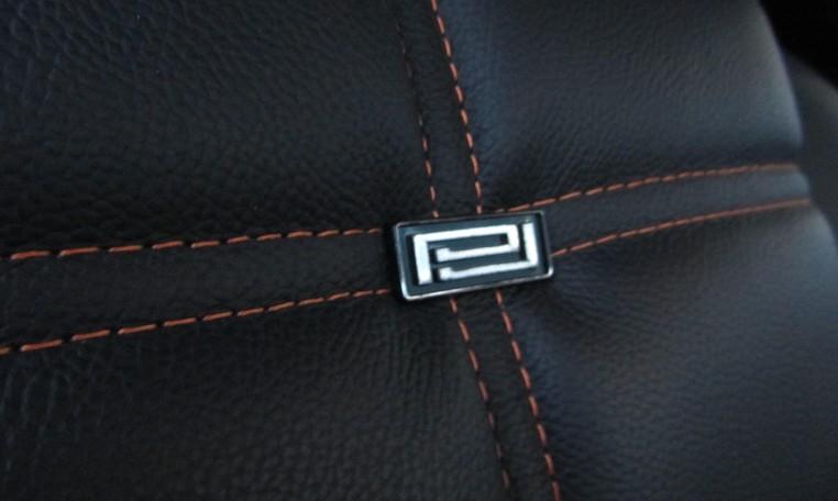 2007 Saleen Mustang Parnell Jones Edition seats