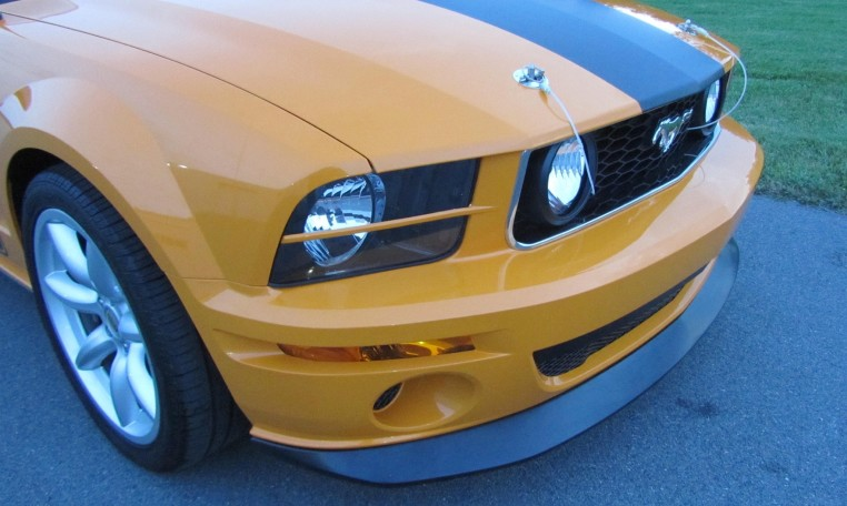 2007 Saleen Mustang Parnell Jones Edition front