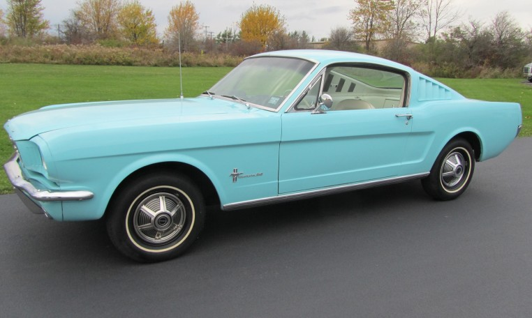 1965 Ford Mustang 2+2 Fastback owned by Fix Motorsports