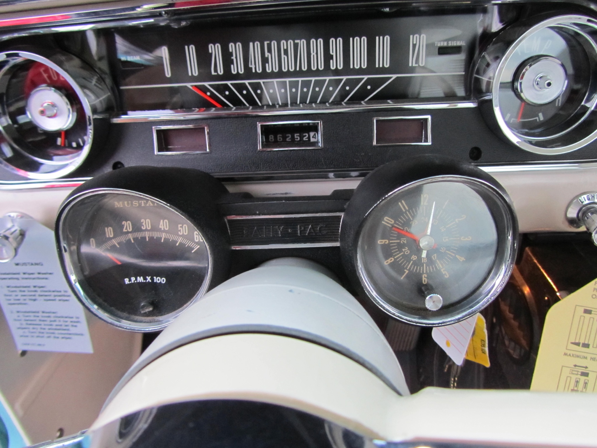 1965 ford mustang 2 2 fastback dashboard