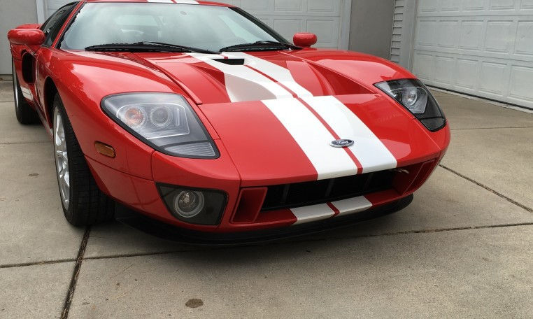 2006 Ford GT front
