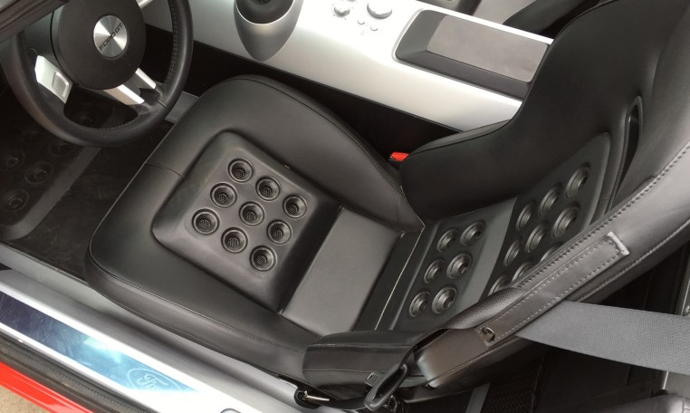 2006 Ford GT driver seat